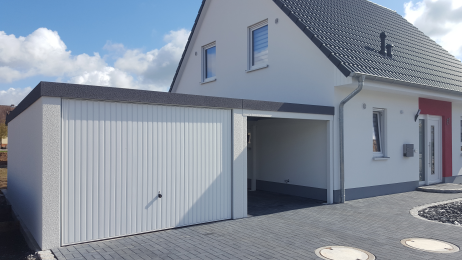 fertiggarage mit anbau fertiggarage mit carport anbau carport 2017 fertiggarage mit carport. Black Bedroom Furniture Sets. Home Design Ideas